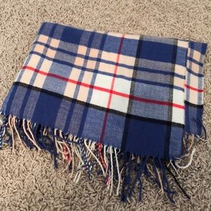 Gap Softest Flannel/Fleece Blanket Scarf